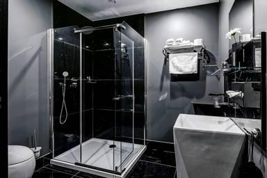 Black Hotels