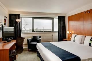 Holiday Inn Cardiff City