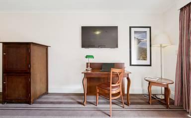 Mercure Canberra