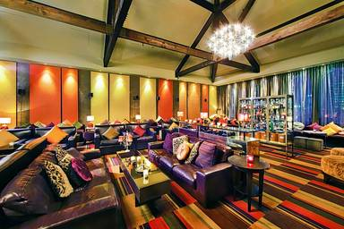 Establishment Hotel