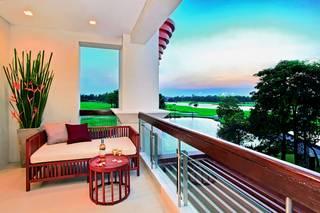 Summit Windmill Golf Residence