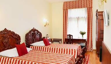 King Charles Boutique Hotel
