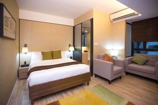 逸東軒住寓 ( Eaton Residences,  Wan Chai )