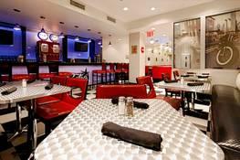 Holiday Inn Lower East Side