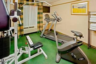 Days Hotel by Wyndham North Bergen /NYC Area