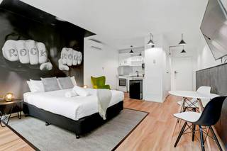Davis Avenue Apartments