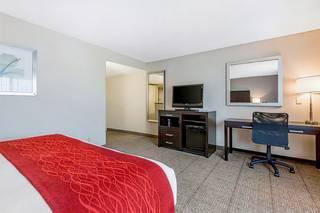 Comfort Inn & Suites San Diego - Zoo SeaWorld Area