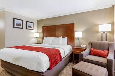 Comfort Inn Near Old Town Pasadena in Eagle Rock