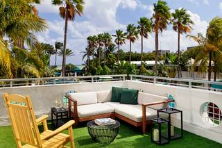 Surfcomber South Beach Kimpton Hotel