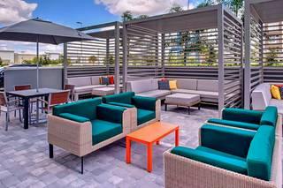 Holiday Inn & Suites Orlando International Drive South