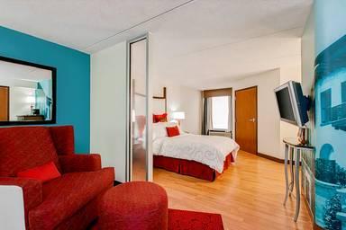 Hotel Indigo Chicago-Vernon Hills