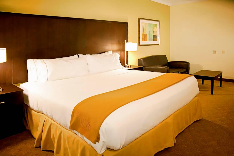 Holiday Inn Express Houston North Intercontinental