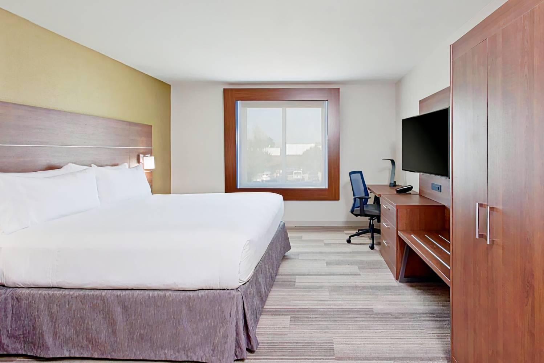 Holiday Inn Express Hotel & Suites Pasadena-Colorado Boulevard