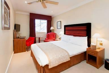 Warren House Hotel