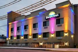 Days Inn by Wyndham Brooklyn Marine Park