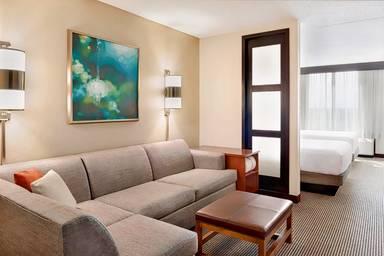 Hyatt Place Chicago / Hoffman Estates