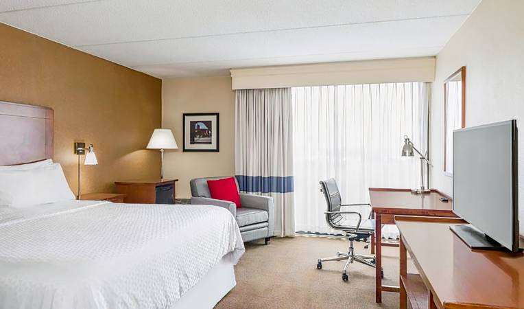 Four Points by Sheraton Chicago O'Hare Airport