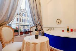 Grand Tour Rome Suites - Liberty Collection