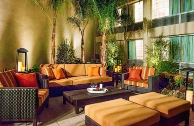Courtyard by Marriott Los Angeles Woodland Hills