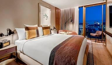 Edwardian Hotels London - The Londoner