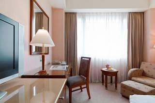 尊爵大飯店 Monarch Plaza Hotel