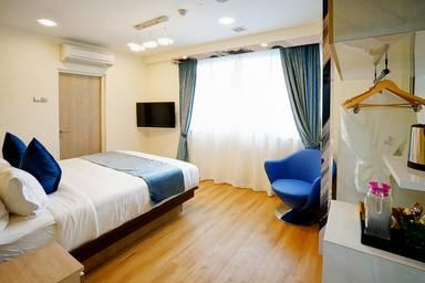 five/6 Hotel Splendour (SG Clean)