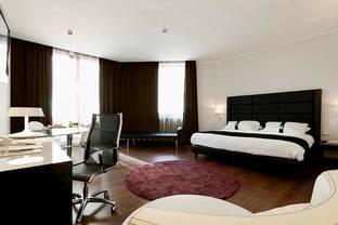 Holiday Inn Genova City