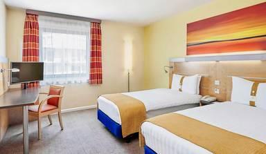 Holiday Inn Express - Newbury Park