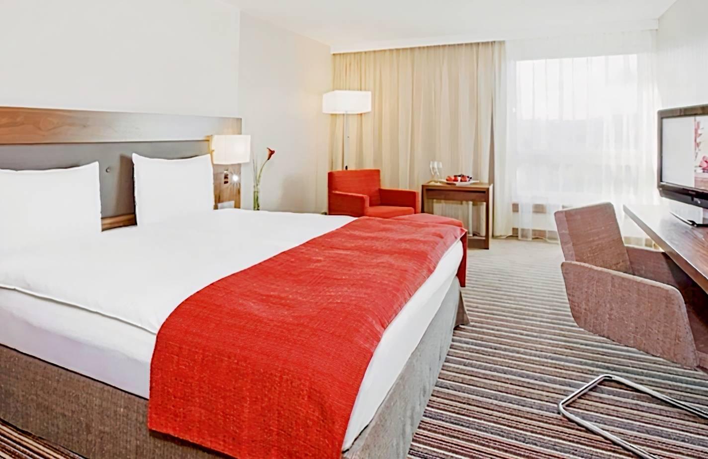 Mövenpick Hotel Zurich-Airport