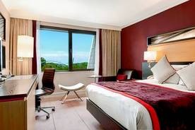 DoubleTree by Hilton Manchester Airport