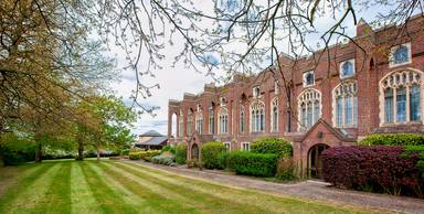 London Chigwell Prince Regent Hotel, Signature Collection By Best Western