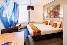 Amsterdam Teleport Hotel