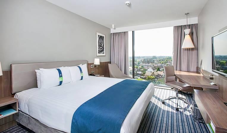 Holiday Inn London West