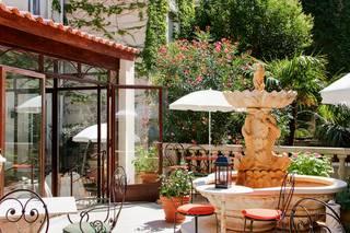 The ORIGINALS Hôtel du Parc *** Cavaillon