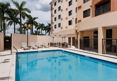Courtyard Miami Dolphin Mall